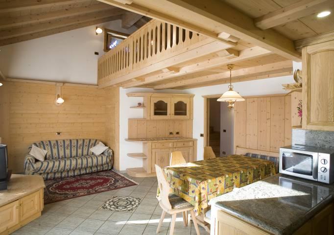 Appartamenti anna livigno for Immagini di appartamenti ristrutturati