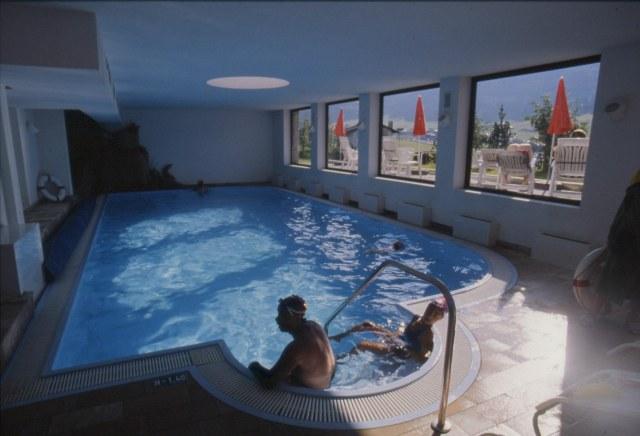 Albergo bucaneve livigno - Livigno hotel con piscina ...
